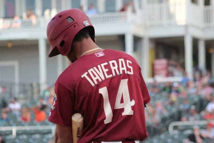 Leody Taveras singles to help RoughRiders walk off again