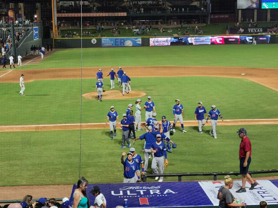 Express Drop Fourth Straight, Fall 4-2 to Dodgers